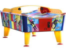 Skate Curved Playfield Waterproof / Weatherproof Outdoor Coin Operated Air Hockey Table From PunchLine Games