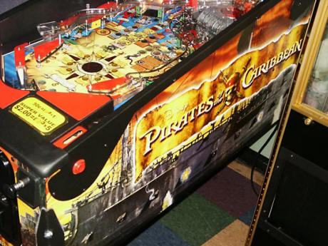 Discontinued Product : Pirates Of The Caribbean Pinball