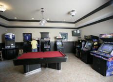 Home Gameroom / Family Game Room Arcade Designs and Plans
