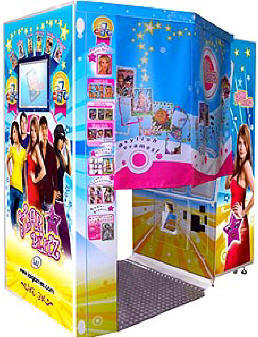 Star Blitz Deluxe Digital Color Photo Booth From LAI Games